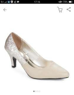 Sepatu High Heels Yongky