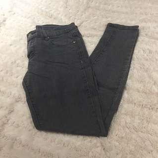 F21 Grey Skinny Jeans - Size 4