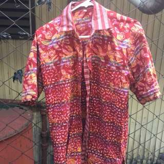 Unbranded aloha button down size LARGE