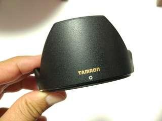 Tamron DA09 lens hood.