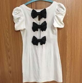 Chic Black Bow Long Top
