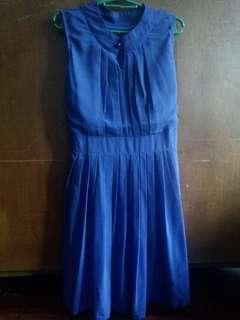 Blue dress sleeveless