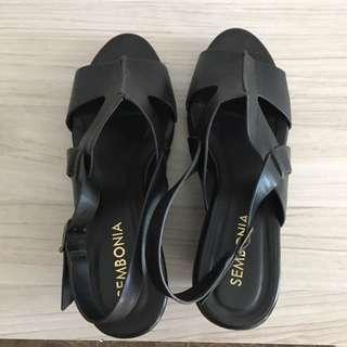 Sembonia Shoe