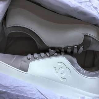 Chanel sneakers 39.5