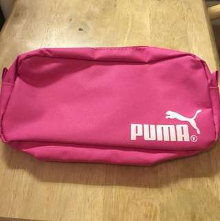 Pink pouch/make-up bag/pencil case