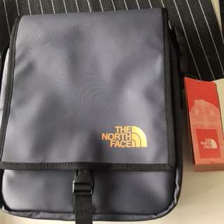 North Face Bardu Sling Bag