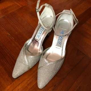 Wedding/ Graduation Dinner Silver Heels 銀色閃高跟鞋