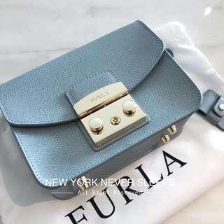👏🏻2017美國正品Furla Metropolis 長期斷貨色(Azzurro)Mini Crossbody Bag 彩色小包🙌🏻🌍全球潮撐It Bag🌏🙌🏻(另有多色)