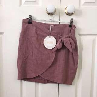 Mauve wrap-style skirt