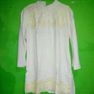 Baju putih preloved