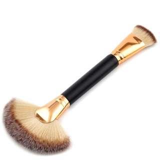 Brush Make Up 2 in 1 Powder Blush Contour 1PCS