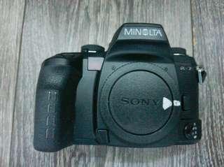 Minolta Dynax 7 Alpha 7 - 35mm SLR FOR Parts/Broken