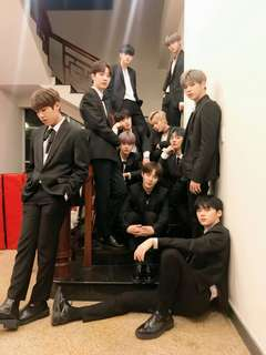WTB Wanna One ( Nothing Without You)Official Photocards