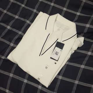 TOMMY HILFIGER V NECK TOP
