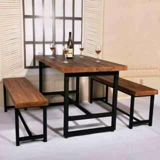 Restaurant/Pantry Table & Chairs