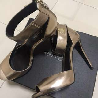 Charles & Keith Rose Gold heels