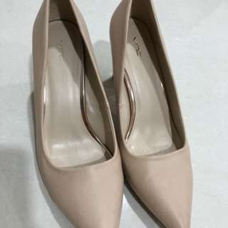 Nude heels merek VNC 90% like new