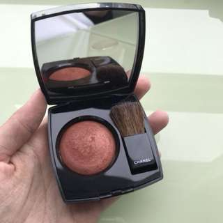 Chanel Joues Contraste Powder Blush in 89 Canillr