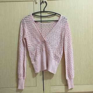 🚚 蕾絲針織粉色上衣