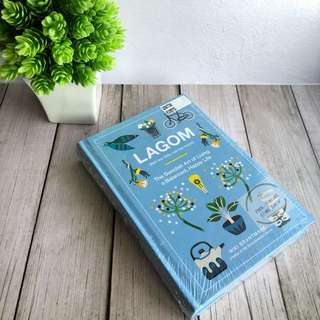 [Hardback] Lagom: Not Too Little, Not Too Much: The Swedish Art of Living a Balanced, Happy Life