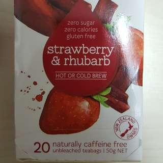 New Zealand strawberry & rhubarb teabags