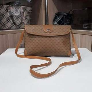 AUTHENTIC GUCCI LEATHER CROSSBODY