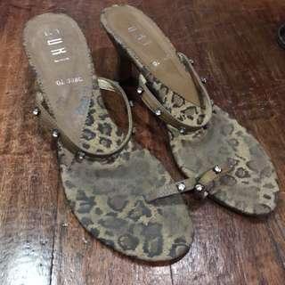 #XmasSALE Suki Leopard kitten heels