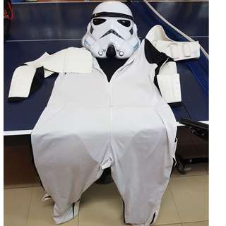 Stormtropper Costume Parties with Helmat