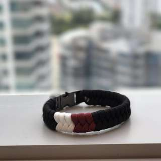[Perfect Valentine's Gift] Couple Paracord Bracelet (Classic Series) by Knot d'Amour