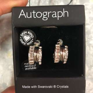 (NEW)Marks & Spencer Swarovski Crystals earrings