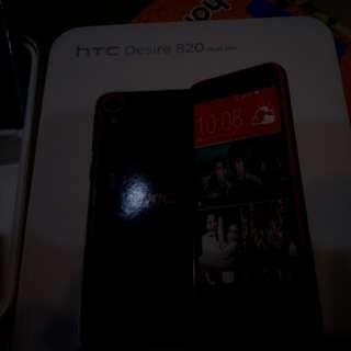 🚚 HTC 820 Desire 4G手機 無法充電