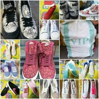 Nike shoes per sack