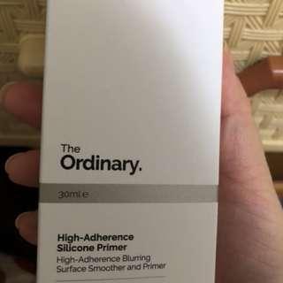 The ordinary妝前乳