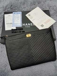 Chanel clutch premium