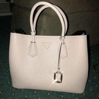 Dhapene handbag