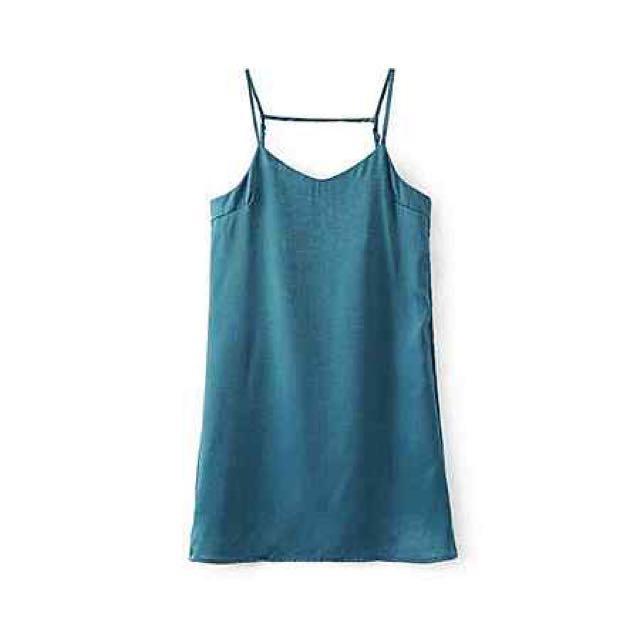 緞面吊帶連身裙 孔雀藍
