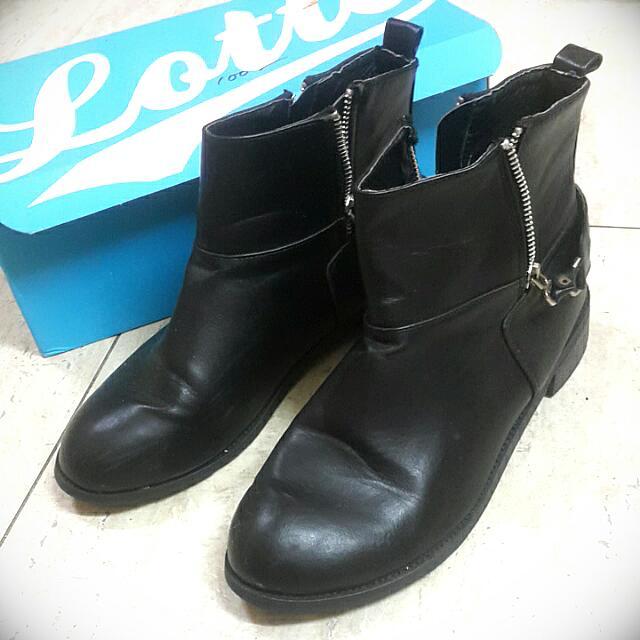 黑色靴子 女靴 女鞋  40/25碼