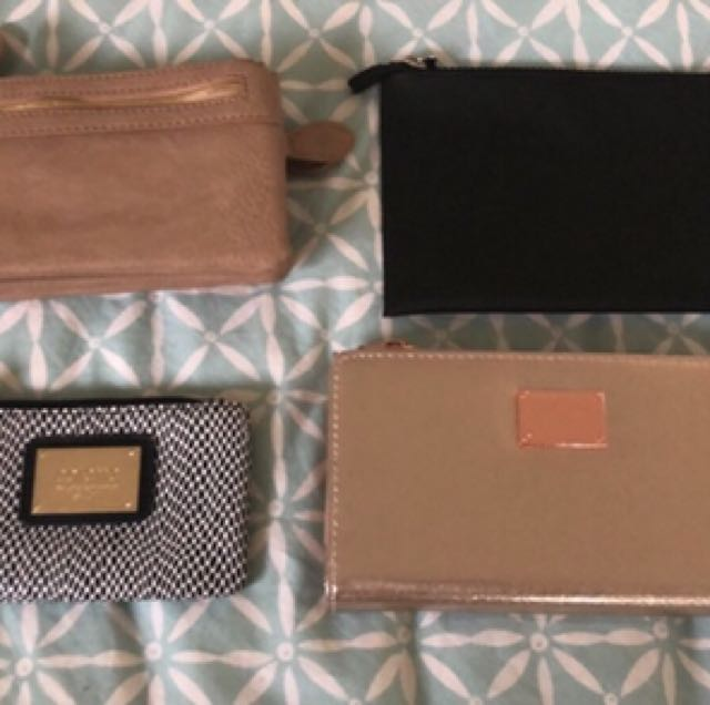 Assorted purses/ clutches/ wallets