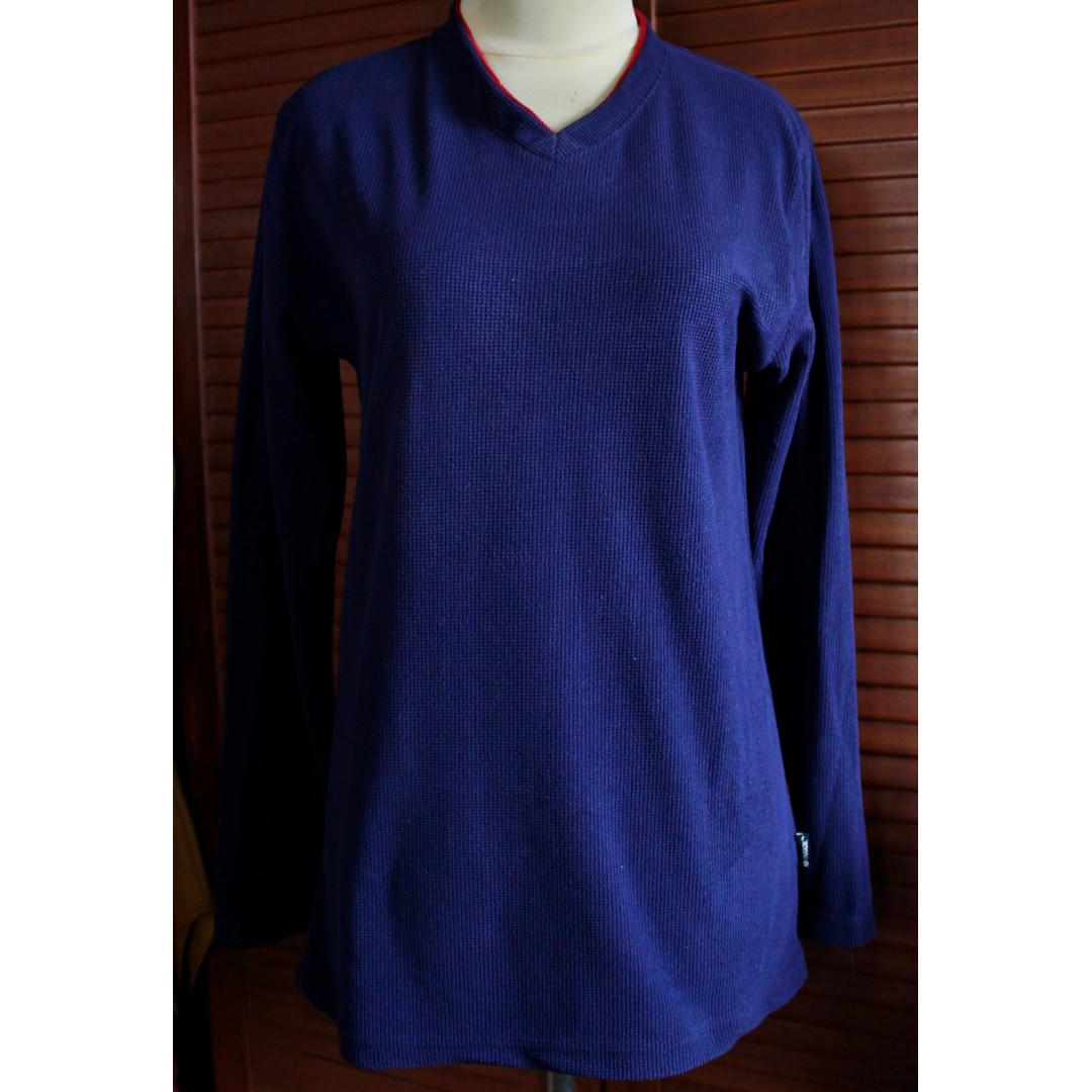 Atasan Sweater Biru Dongker
