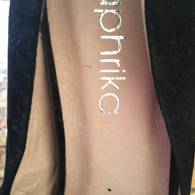 Black Classic Heels