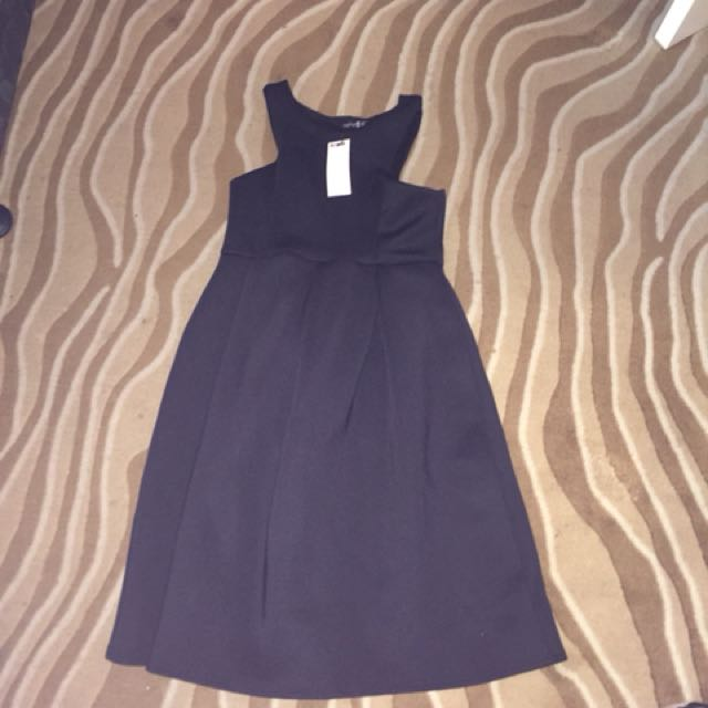 Boohoo brand new midi dress black size 16 14 Unworn