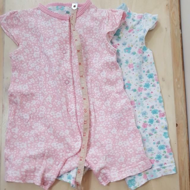 Button-down rompers in butterfly sleeves (3-6 mos)