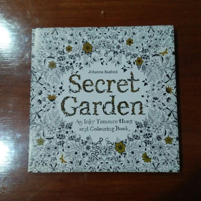 Johanna Basford Secret Garden An Inky Treasure Hunt And Colouring