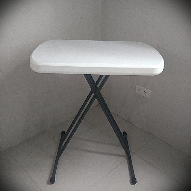 Lifetime - Foldable Table