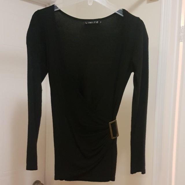 Limité Cross Front Sweater