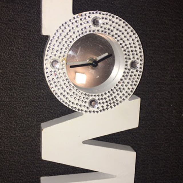 Love clock decor