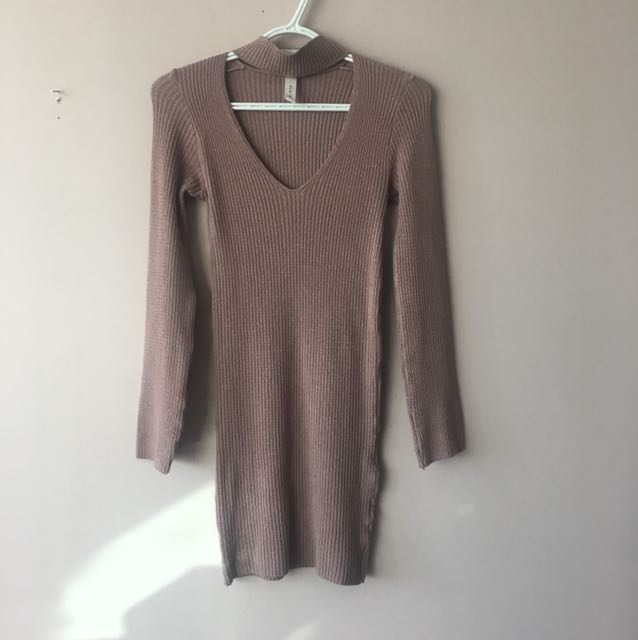 Mendocino blush pink sweater dress in small
