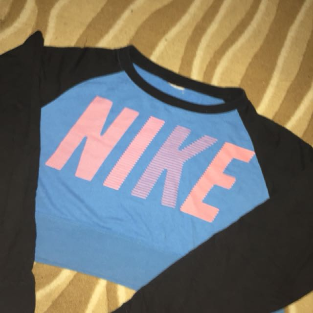 Nike crop jumper size 14 12