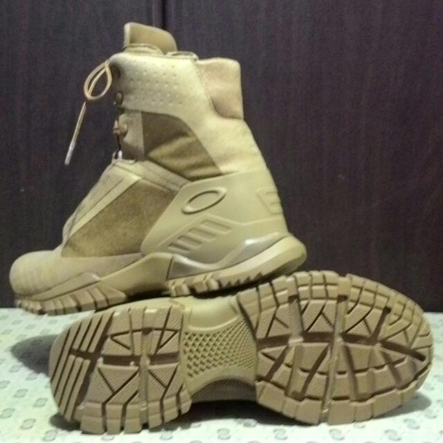 Oakley SI-8 Assault Boots (Authentic)