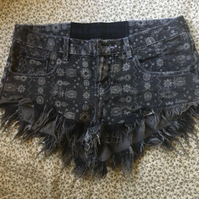 One teaspoon tribal shorts